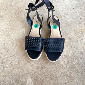 NWT Vince Camuto Wedges